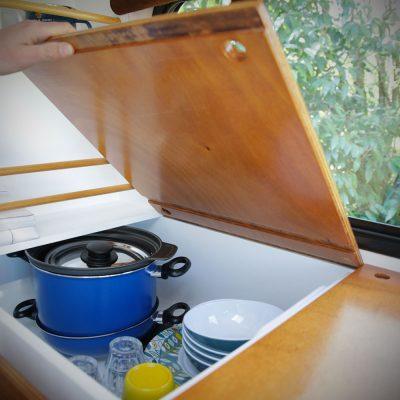Grands rangements pour la vaisselle